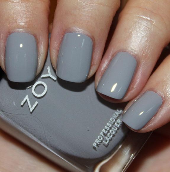 Лак для ногтей серый